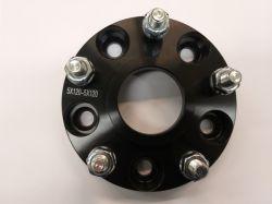 Adapteri Musta (levikepala) 25mm 5x108/5x108